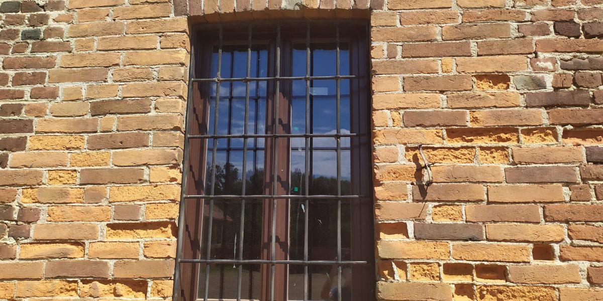 nuovi serramenti castello di Proh 1